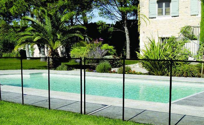 Quelques modèles de protection de piscine